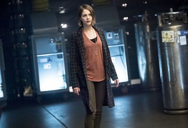 arrow-monument-point-image-willa-holland