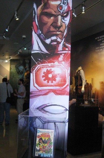 dc-universe-the-exhibit-04