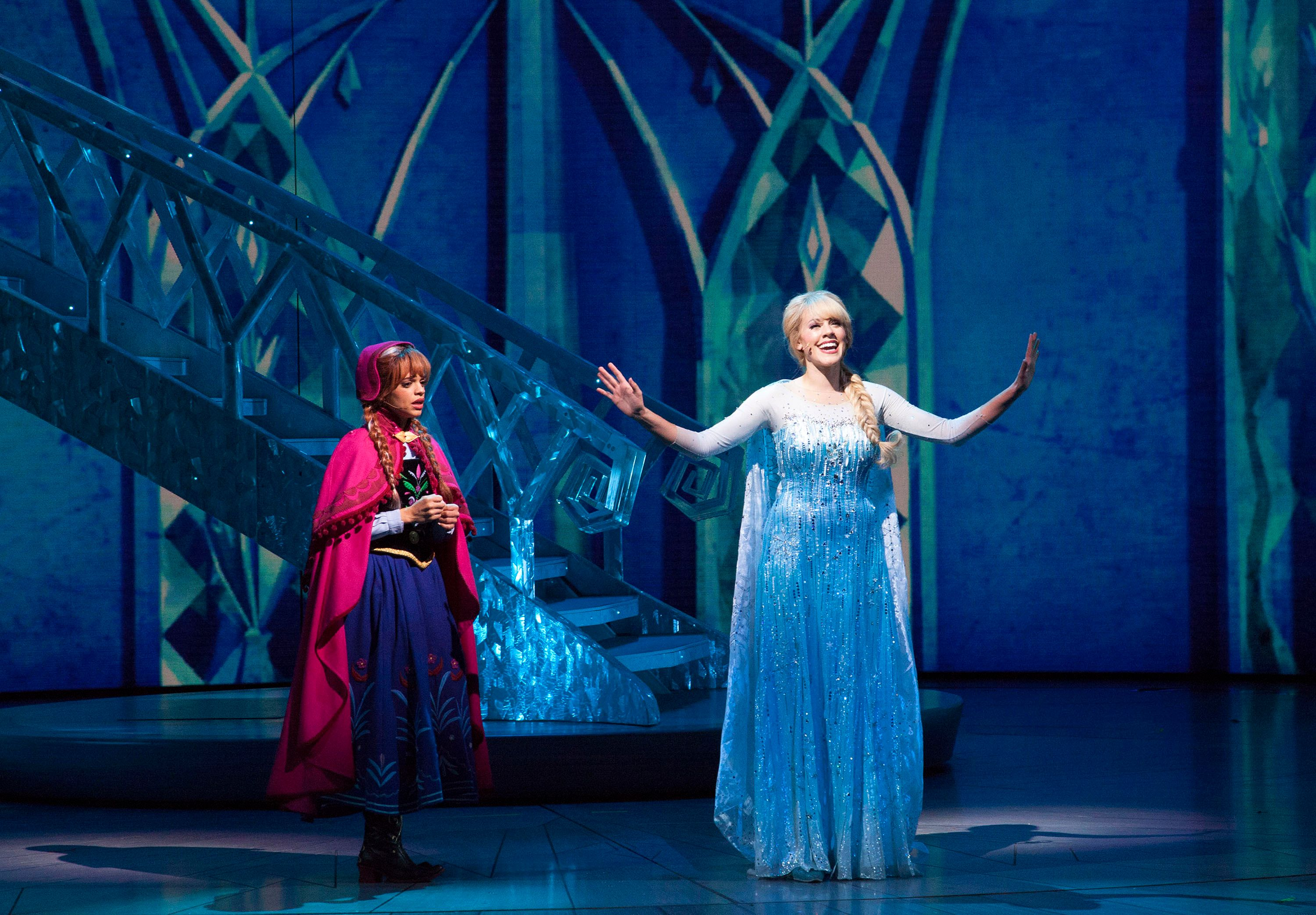 Frozen Live 16 Things To Know About The Disneyland Show