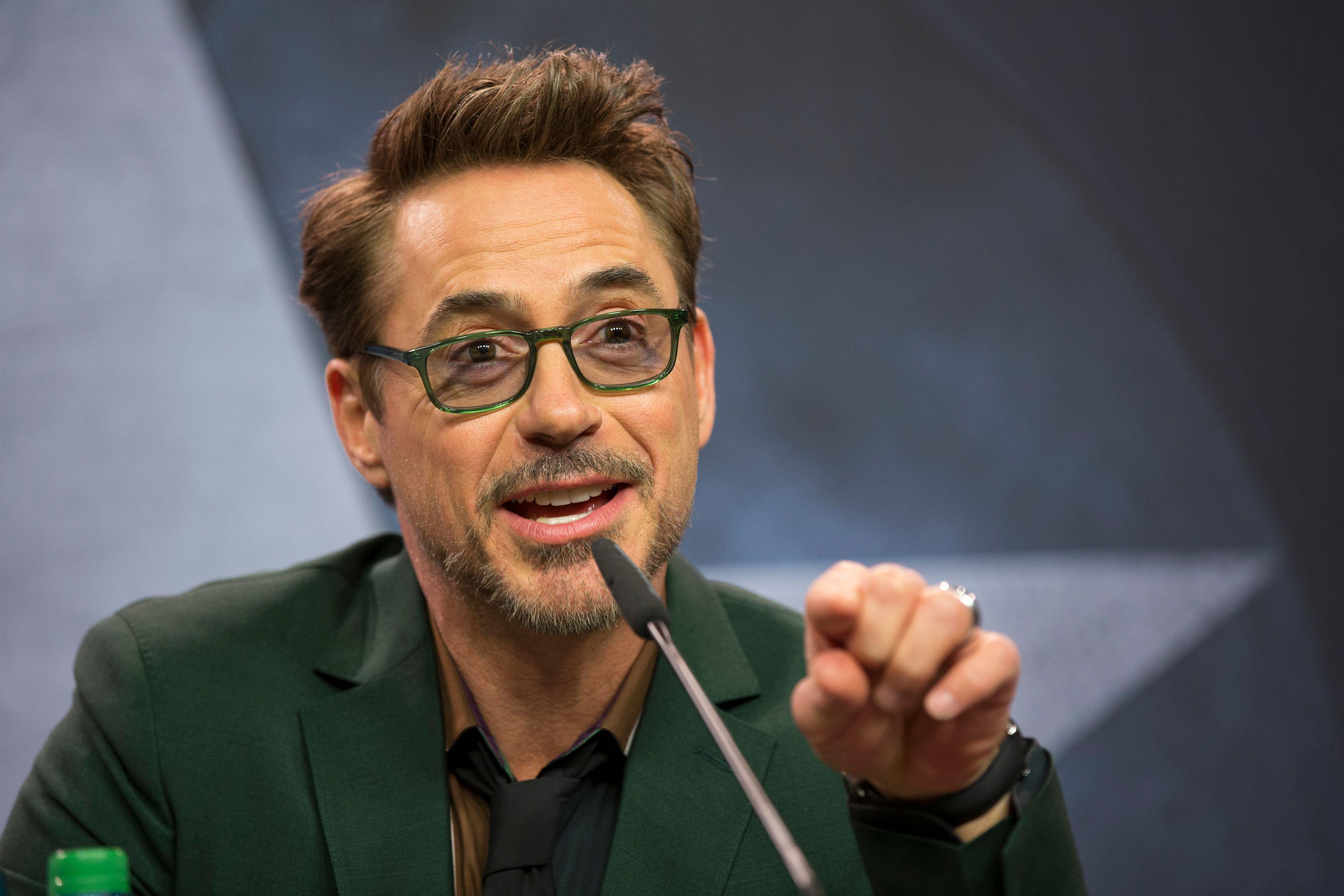 Robert Downey Jr., Ric... Robert Downey