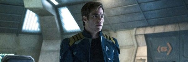 star-trek-beyond-chris-pine-slice