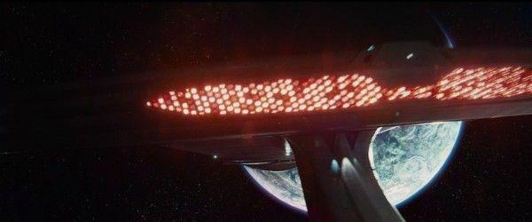 star-trek-beyond-trailer-screengrab-1