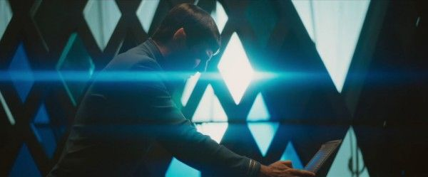 star-trek-beyond-trailer-screengrab-10