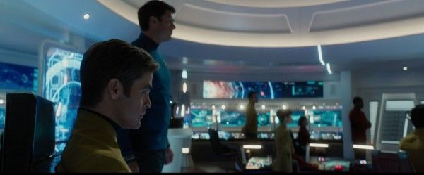 star-trek-beyond-trailer-screengrab-15