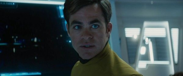 star-trek-beyond-trailer-screengrab-19