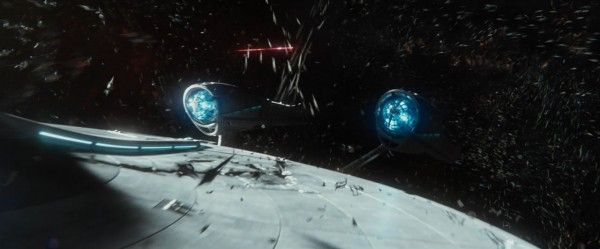 star-trek-beyond-trailer-screengrab-21