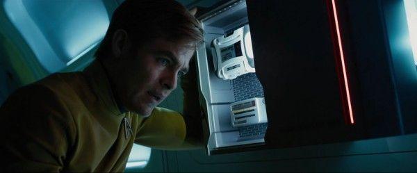 star-trek-beyond-trailer-screengrab-24