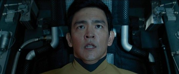 star-trek-beyond-trailer-screengrab-29