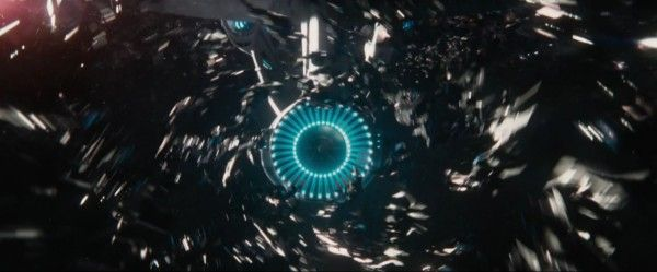 star-trek-beyond-trailer-screengrab-31