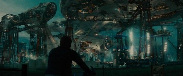 star-trek-beyond-trailer-screengrab-4
