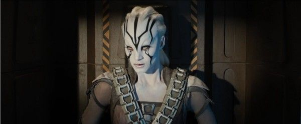 star-trek-beyond-trailer-screengrab-42