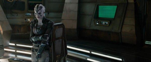 star-trek-beyond-trailer-screengrab-50