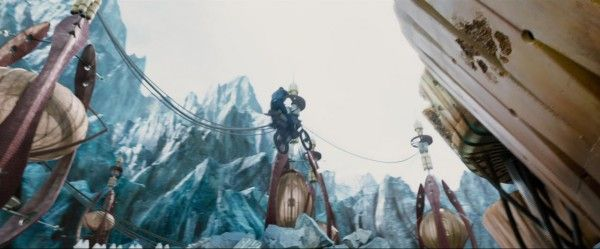 star-trek-beyond-trailer-screengrab-55