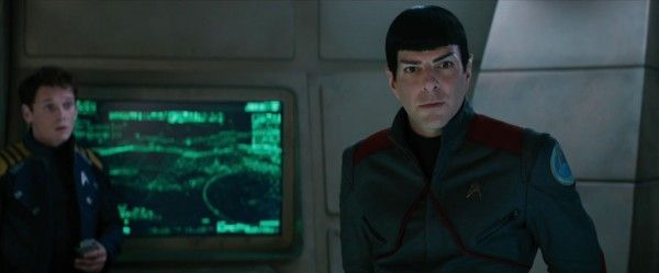 star-trek-beyond-trailer-screengrab-62