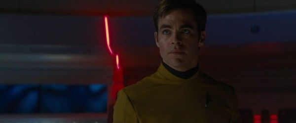 star-trek-beyond-trailer-screengrab-7