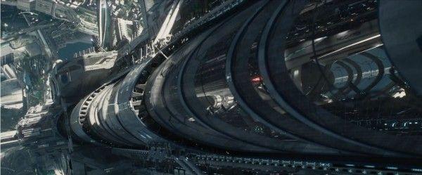 star-trek-beyond-trailer-screengrab-9
