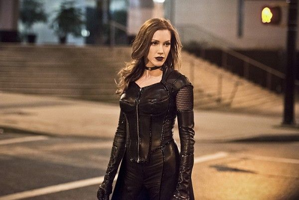the-flash-invincible-image-black-siren-katie-cassidy