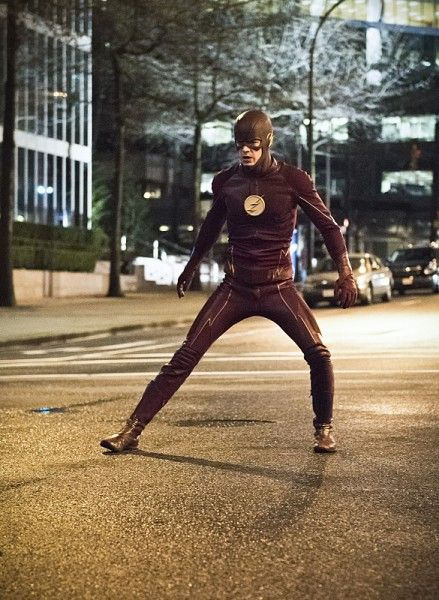 the-flash-invincible-image-grant-gustin