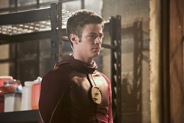 the-flash-invincible-image-grant-gustin-barry-allen