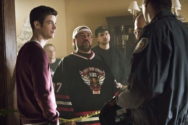the-flash-season-2-runaway-dinosaur-kevin-smith