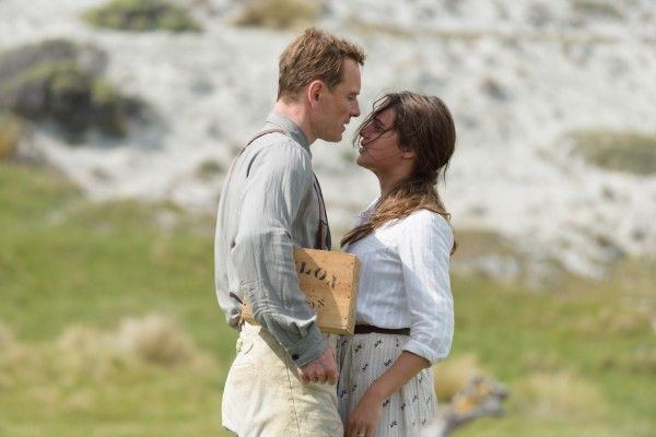 the-light-between-oceans-michael-fassbender-alicia-vikander