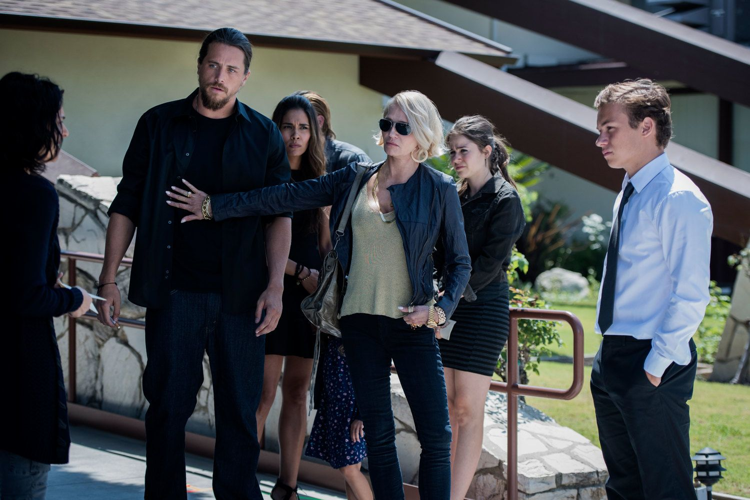Animal Kingdom Review: TNT's Drama Keeps It In the Family | Collider