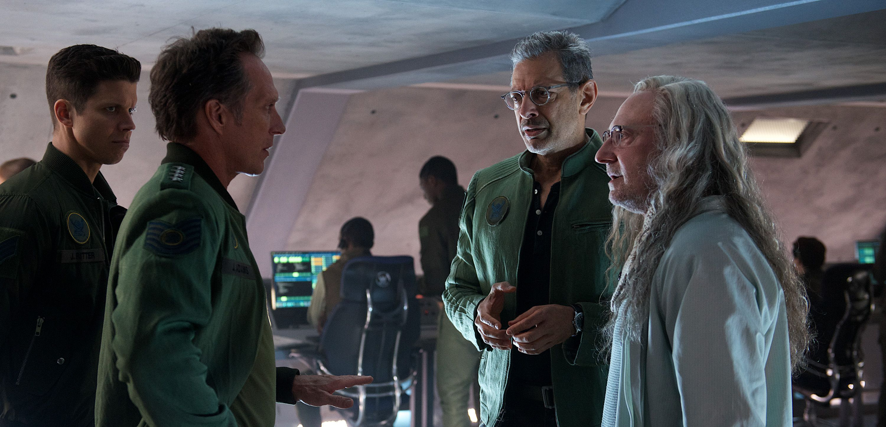 The United States of the Solar System, A.D. 2133 (Deep State Nine) - Page 25 Independence-day-resurgence-cast