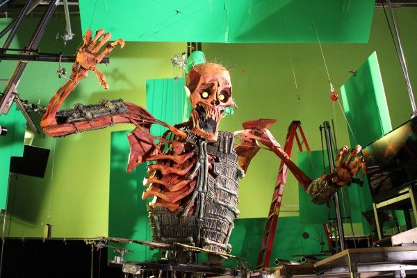 kubo-and-the-two-strings-skeleton-1