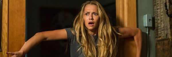 lights-out-teresa-palmer-slice