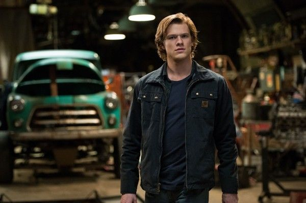 monster-trucks-lucas-till