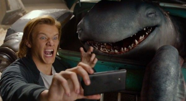 monster-trucks-lucas-till-trailer