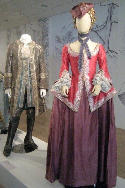 outlander-exhibit-08