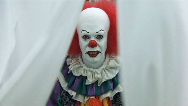 Pennywise The Clown 1990wallpaper: It Remake Recasts New Pennywise With Hemlock Grove Star
