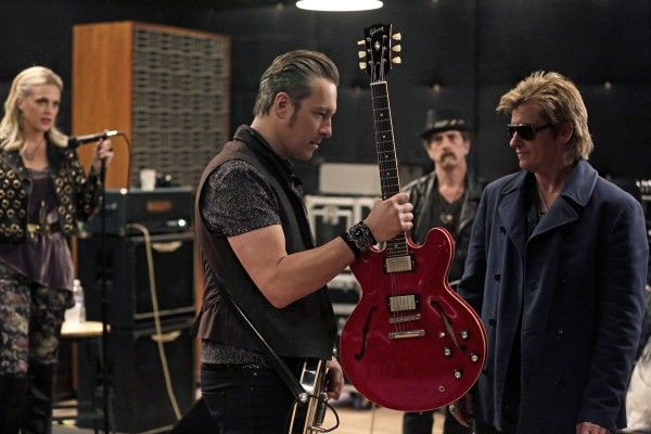 sex-and-drugs-and-rock-and-roll-denis-leary-john-corbett-01