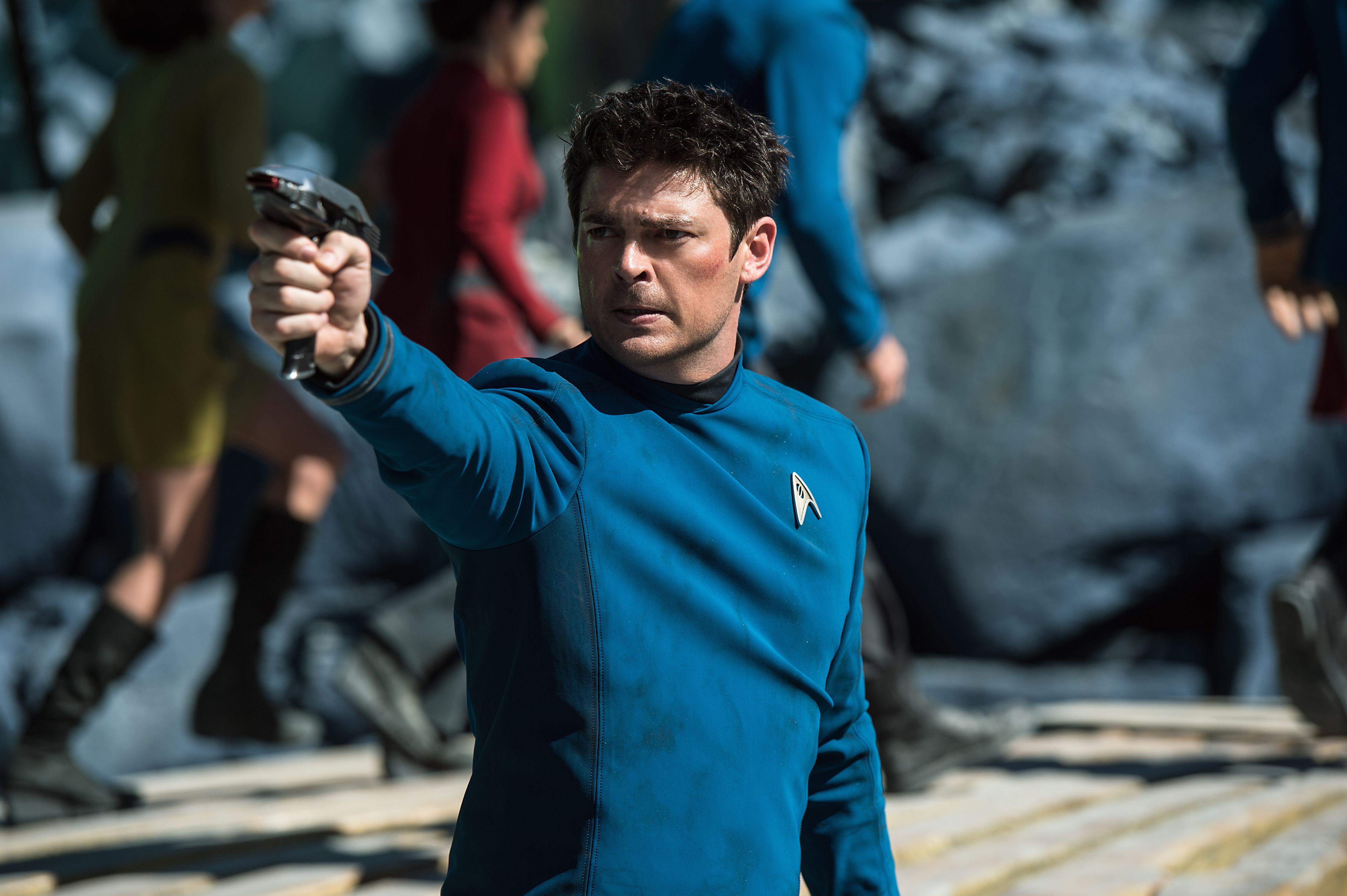 Star Trek Beyond Review: Found in Space | Collider