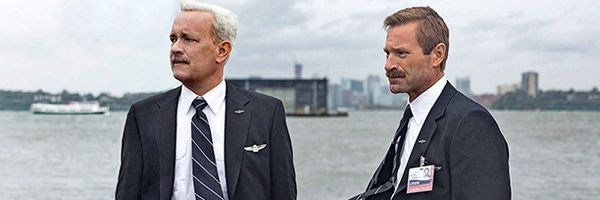 sully-tom-hanks-aaron-eckhart-slice