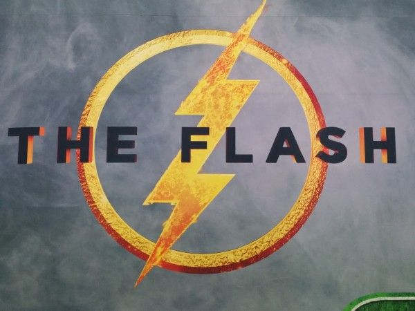 the-flash-movie-logo