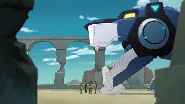 voltron-legendary-defender-image-blue-lion-and-team