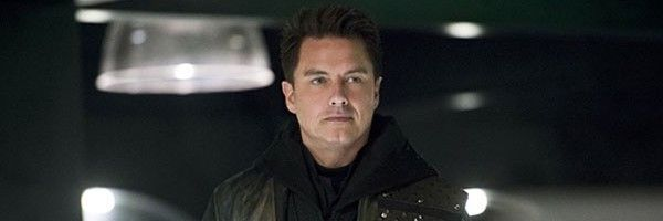john-barrowman-the-flash-arrow-legends-deal