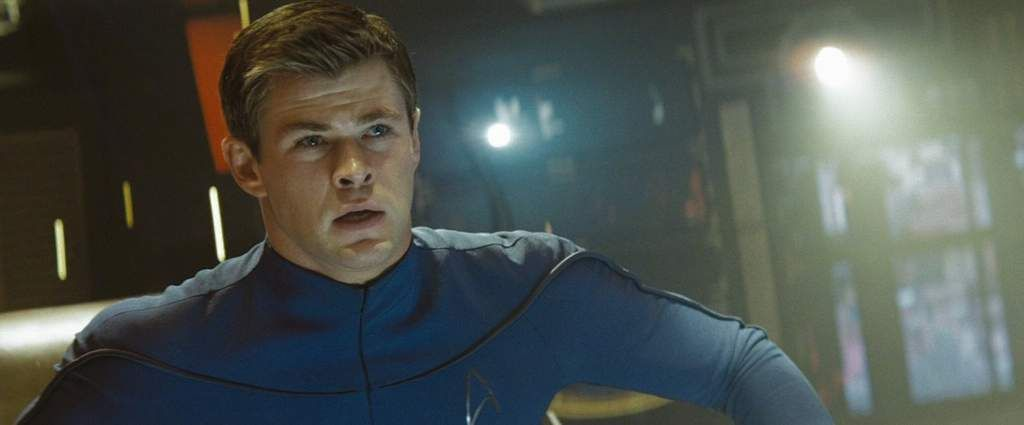 Star Trek 4 Chris Hemsworth Returning J J Abrams Teases Collider