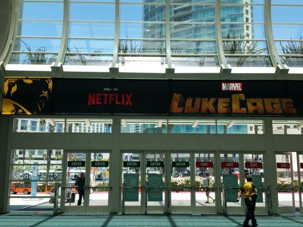 comic-con-2016-luke-cage-banner-3