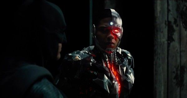 justice-league-movie-image-batman-17