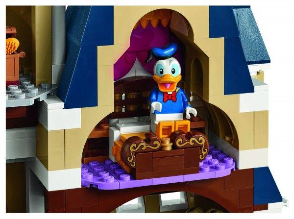 lego-disney-castle-back-2
