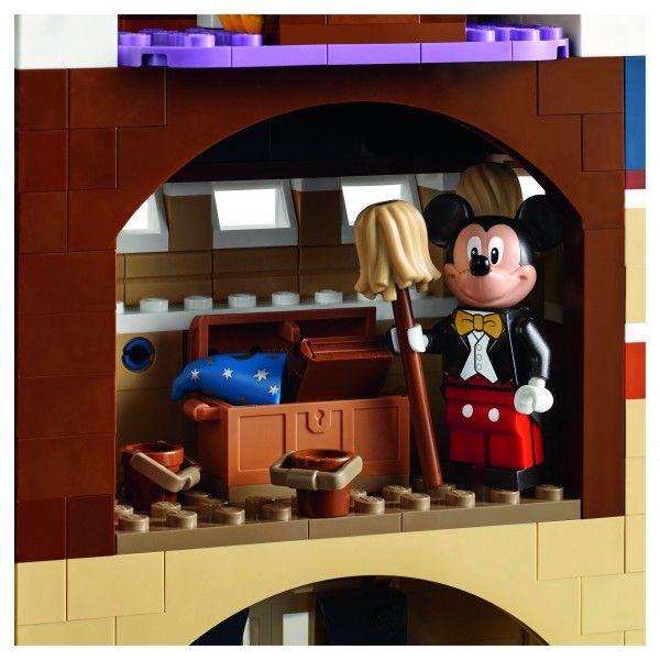 lego-disney-castle-back-3