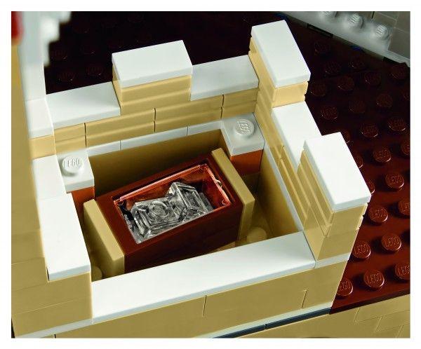 lego-disney-castle-detail-2