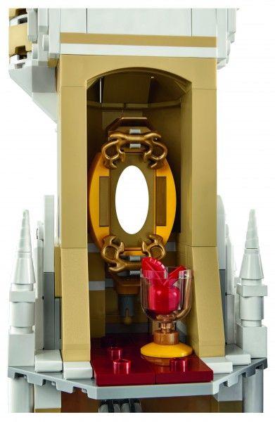 lego-disney-castle-detail-3