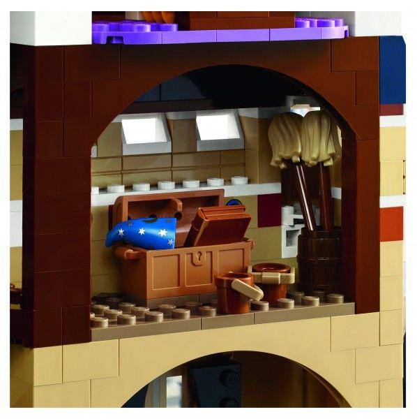 lego-disney-castle-detail-8