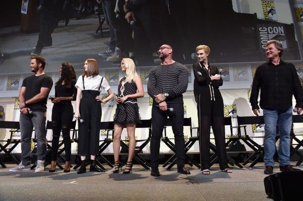 marvel-comic-con-safe-guardians-of-the-galaxy-vol-2-cast-2