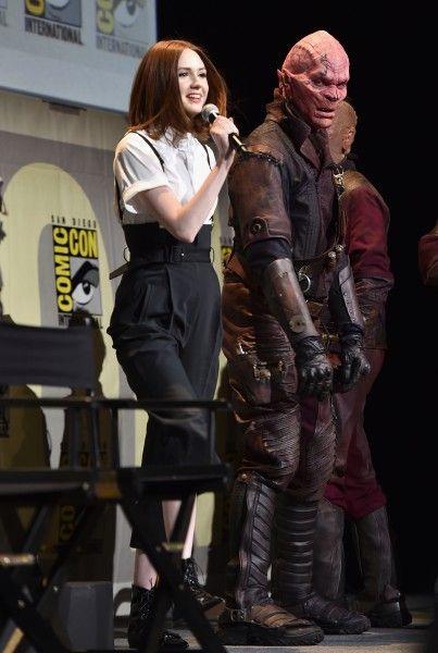 marvel-comic-con-safe-guardians-of-the-galaxy-vol-2-karen-gillan-3