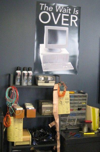 mr-robot-installation-03